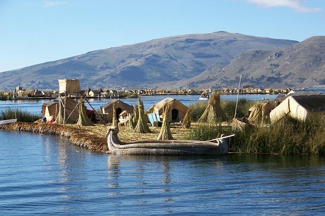 Lago Titicaca - Isla galleggianti