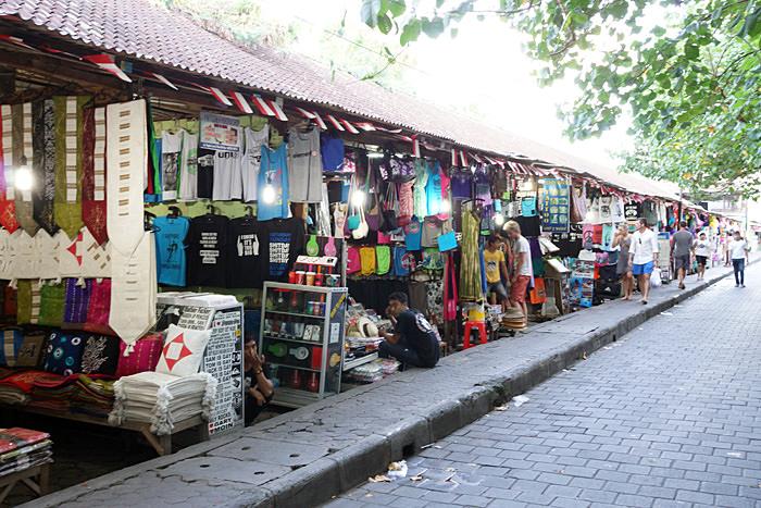 Bali Kuta shopping bancarelle