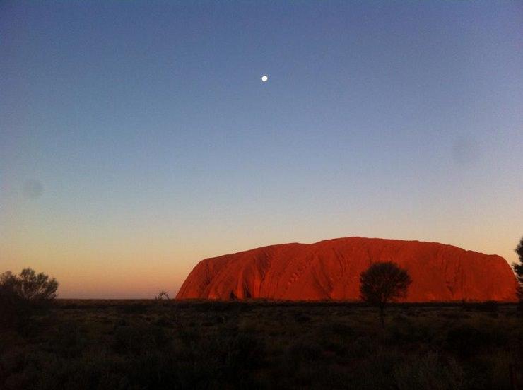 Uluru luoghi di interesse tramonto