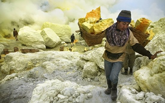 Isola di Giava minatori Ljen